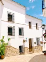 La Madroñala, Dovolenkové domy - El Gastor