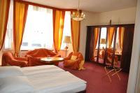 Hotel Pension Savoy near Kurfürstendamm (B&B)