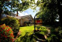 Leaside Manor (Bed and Breakfast)