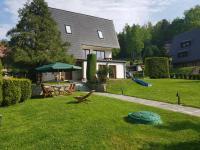 Dom Lachy Dolne 40, Alpesi faházak - Brenna