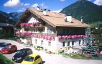 Hotel Villa Mozart, Hotels - Pozza di Fassa