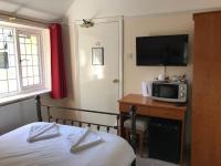 The Admirals Inn Guest House (B&B)