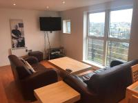 Feel @ home cosy spacious two bed