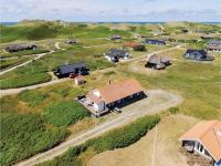 Four-Bedroom Holiday Home in Hvide Sande, Nyaralók - Hvide Sande