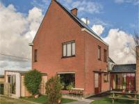 Four-Bedroom Holiday Home in Diksmuide, Дома для отпуска - Диксмёйде