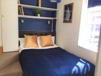 AMAZING ONE BED FLAT IN CENTRAL - ZONE 2 - Blue