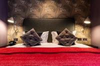 The Alma Hotel (Bed & Breakfast)