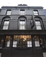 The Pack And Carriage London (B&B)