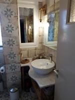 Violetta Rooms