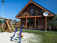 noclegi Lovely house overlooking the lake only 1000m from the sea Ideal for 9 people Mielno