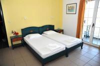 Papoulias Rooms