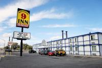 National 9 Inn Showboat, Motely - Casper