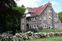 Villa Rozenhof, Kúriák - Almen