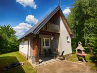 noclegi A quiet cottage in a seaside village Living room two bedrooms a large garden Darłowo