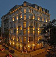 Hotel Rialto, Hotely - Varšava