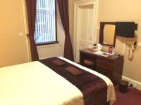 Hampton Hotel (Bed and Breakfast)