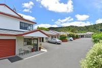 BK's Pohutukawa Lodge