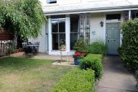 Riverview Guest House (B&B)