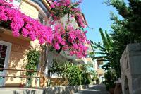 Minoica Beach Apartments