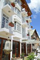 Royal Hills Nuwara Eliya, Hotels - Nuwara Eliya
