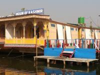 Houseboat Moon of Kashmir, Ботели - Сринагар