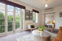 Boutique Stays - Wellington Mews, Apartment in East Melbourne, Apartments - Melbourne