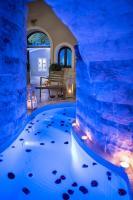 Suite Home Santorini