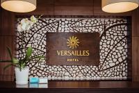 Hotel Versailles, Szállodák - Luck