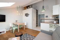 noclegi Charming Apartment in Old Town Kraków