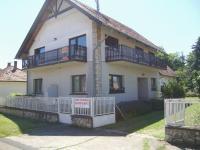 Gyöngyvirág Vendégház, Ferienwohnungen - Balatonboglár