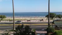 Balcony into Buceo Beach, Апартаменты - Монтевидео