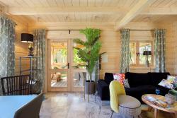 noclegi Sasino SeaUSasino - Dom One Art - Luksusowe Drewniane Domy z Kominkami