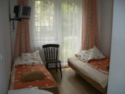 noclegi Mrzeżyno Pokoje Delfin Hostel