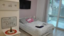 noclegi Rewal Apartament Lux Monika Rewal z tarasem i garażem