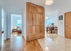 noclegi Gdynia ACCO RENT - Apartament White House