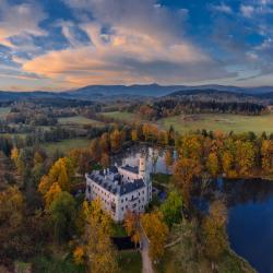 noclegi Łomnica Zamek Karpniki Schloss Fischbach