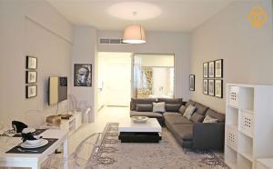 Keysplease Holiday Homes - Palm Views - Dubai