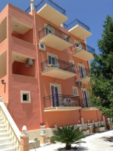 Corfu Sunflower Apartments - Benitses