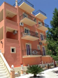 Corfu Sunflower Apartments - Беницес