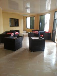 Seaside Suites and Hotel, Hotels  Freetown - big - 49