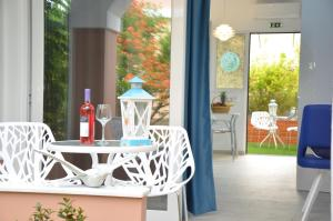 Dionyssos Village, Aparthotely  Kato Daratso - big - 1