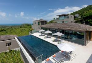 Tropical Castle Phuket - Layan Beach