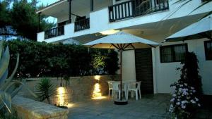 Villa Madeleine, Apartments  Nea Fokea - big - 52