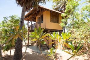 Hilltop Cabanas - Mirahala