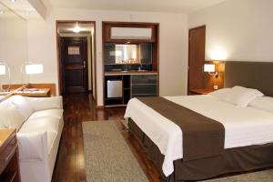 Resort Yacht Y Golf Club Paraguayo, Отели  Асунсьон - big - 39