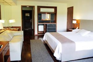 Resort Yacht Y Golf Club Paraguayo, Отели  Асунсьон - big - 38