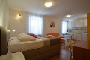 Apartment Casa Nova, Apartments  Rovinj - big - 6