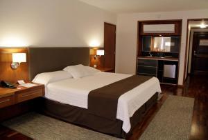 Resort Yacht Y Golf Club Paraguayo, Отели  Асунсьон - big - 42