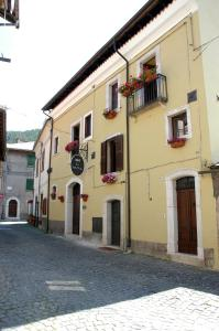 Bed and Breakfast Via Della Piazza - AbcAlberghi.com