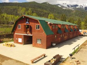 Best Cozy Barn in the Canadian Rocky Mountains! - Invermere